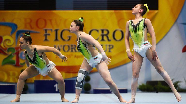 Отлично представяне на българските акробати в първия ден на Световната купа в София