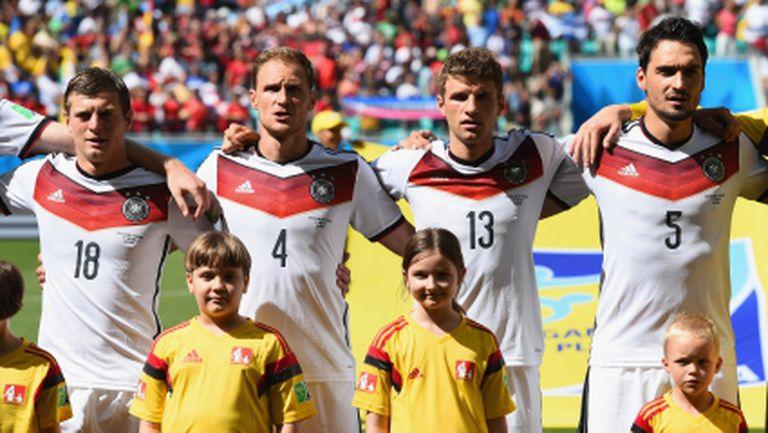 Германските медии сипят суперлативи за Бундестима