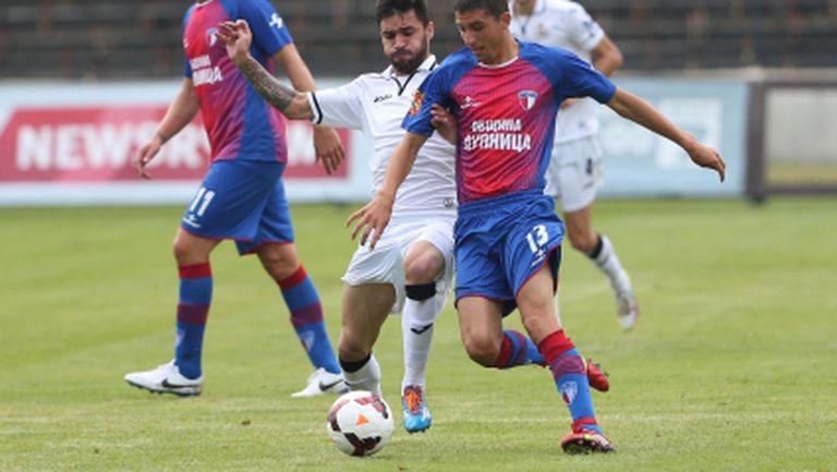 Мощна подкрепа за Марек срещу Хасково в дербито на новаците