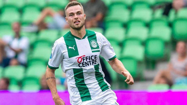 Защитник на Грьонинген е трансферна цел на Юве и Ман Сити