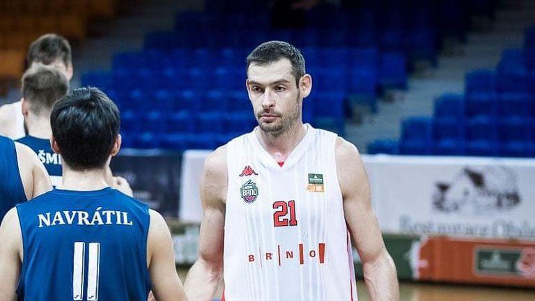 Феноменален Александър Янев спаси сезона на Бърно