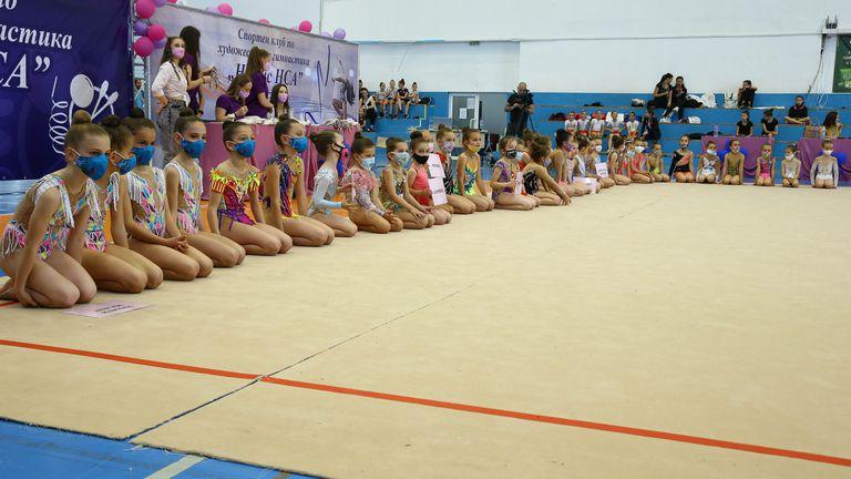 НСА отбеляза 24 май с голям турнир по художествена гимнастика
