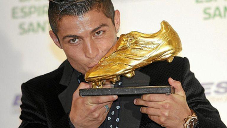 """Кристиано ще получи """"Златната обувка"""" в сряда"""