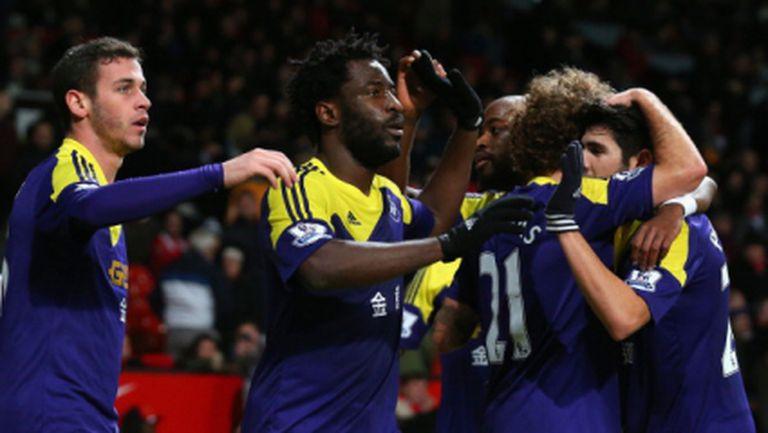 Кошмарно начало на годината за Ман Юнайтед - Суонзи изхвърли шампионите за ФА Къп (видео)