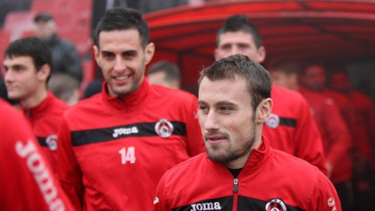 Локо (Сф) замина на лагер с група от 26 футболисти