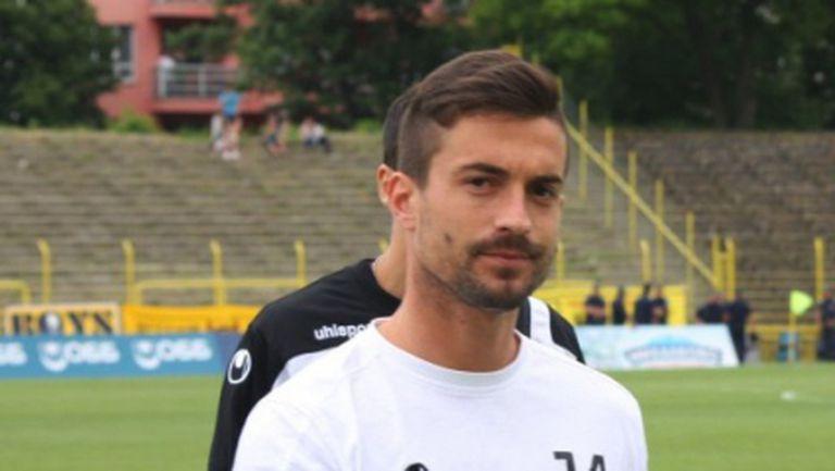 Тимонов ще продължи кариерата си в Гърция
