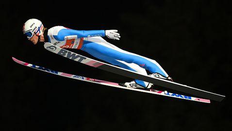 Брутално падане за олимпийски шампион на Световното по ски-скокове