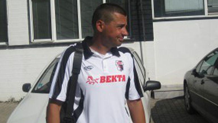 Треньорът на Векта: Българският футбол затъва все повече