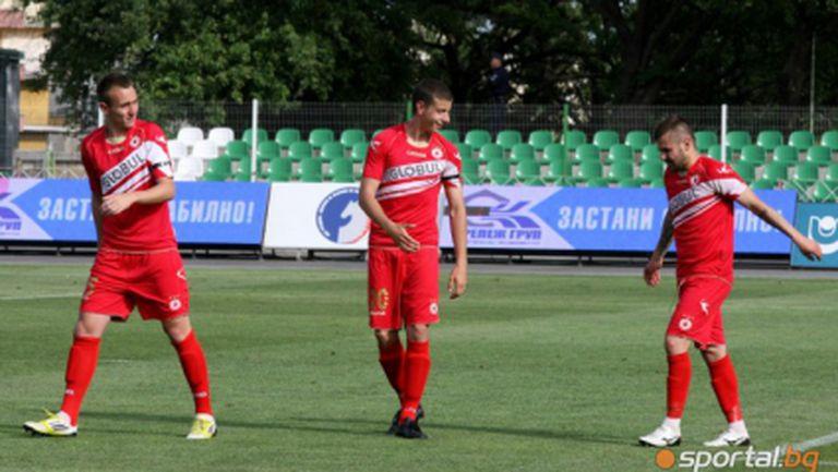 16 футболисти започнаха с ЦСКА