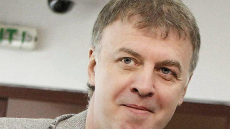 Официално: Наско Сираков се завърна в Левски