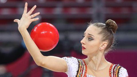 Лирична топка от Боряна Калейн във финалите