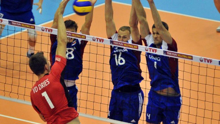 Първият съперник на България на Евро 2013 с 5-а поредна загуба