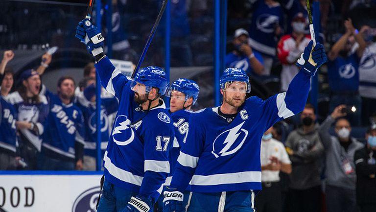 Тампа Бей спечели серията срещу Флорида в НХЛ