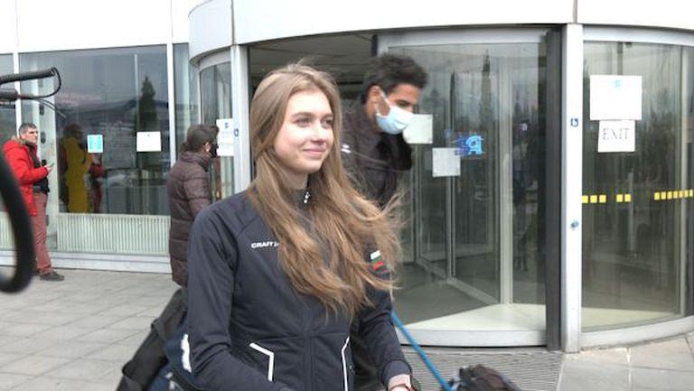 Александра Фейгин се прибра след успеха в Стокхолм