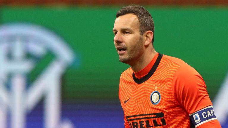Интер ще може да разчита на капитана си за мача с Болоня