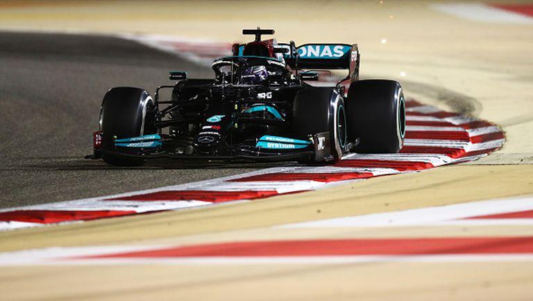 Хамилтън спечели първия старт за сезона във Формула 1
