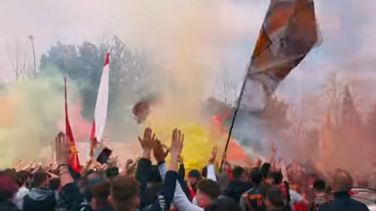 Мощна подкрепа за Рома от тифозите преди първия мач с Манчестър Юнайтед (видео)