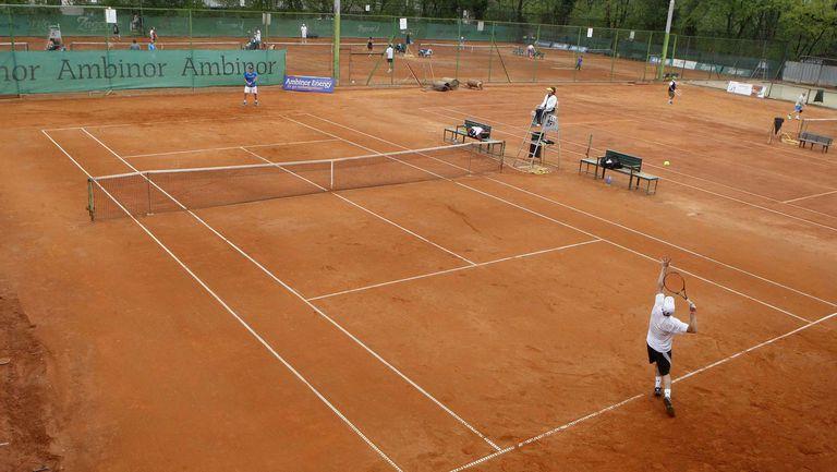 """77 тенисисти на """"Амбинор Къп"""""""