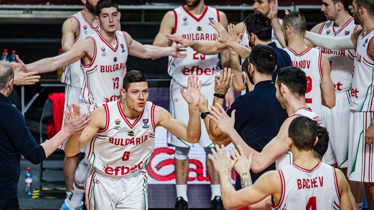 """""""Лъвовете"""" започват с мач срещу световния шампион на ЕвроБаскет 2022"""