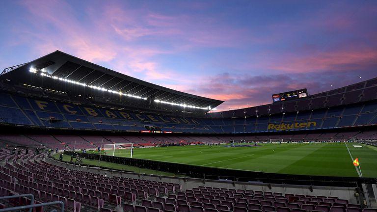 От Барселона искат да домакинстват на Атлетико Мадрид пред 25 хиляди