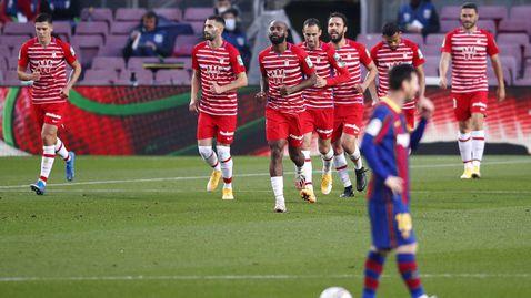 """Барселона погледна към върха, но се сгромоляса насред """"Камп Ноу"""" (видео)"""