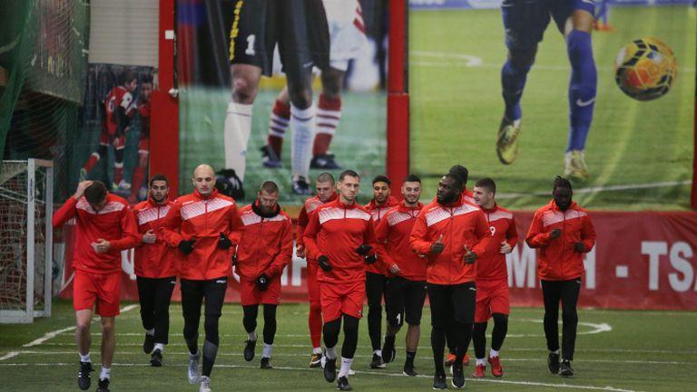 Царско село стартира подготовка с 13 футболисти
