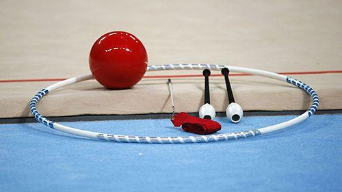 """Две момичета с приза """"Мини мис"""" на турнир по художествена гимнастика в Перник"""