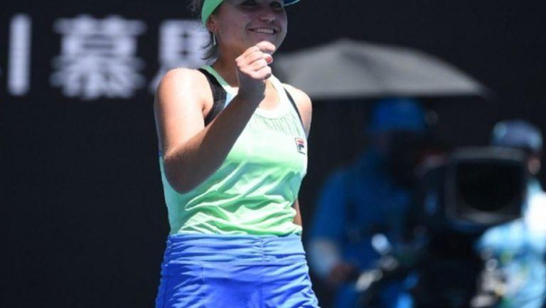 София Кенин се класира за полуфиналите в Лион