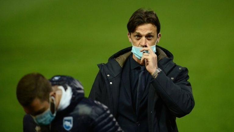 Треньорът на Божинов призна, че 13 футболисти на Пескара са болни, но не са минали изследвания