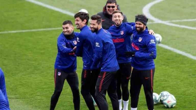 И Атлетико разпусна своите играчи по домовете