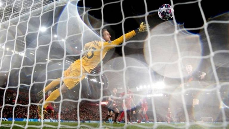 Любопитно: УЕФА не включи Облак в отбора на седмицата в ШЛ