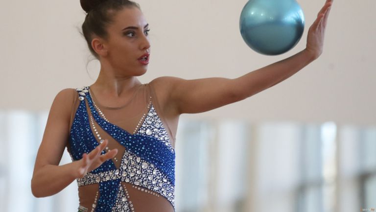 Катрин Тасева продължава с тренировките в домашни условия