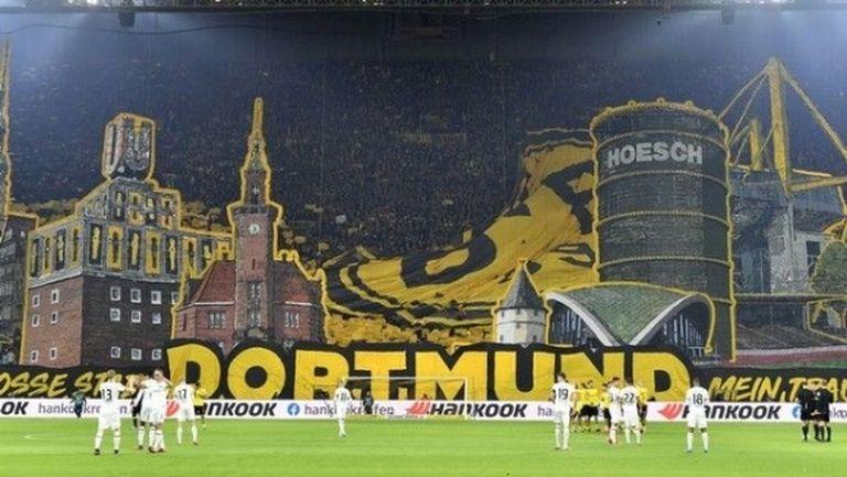 Фенове на Дортмунд събраха 74 000 евро дарения за ресторанти и кафенета в града
