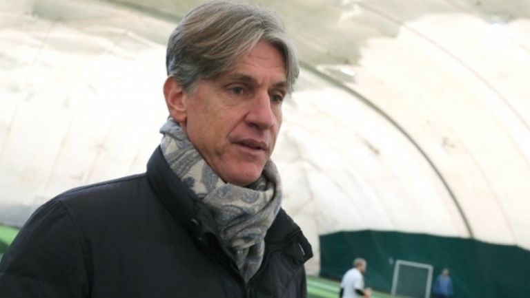 Шеф на ЦСКА-София: Обмисляме играчите да започнат тренировки на групи