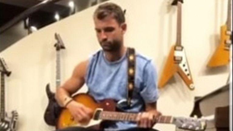 Гришо ще записва нова песен (видео)