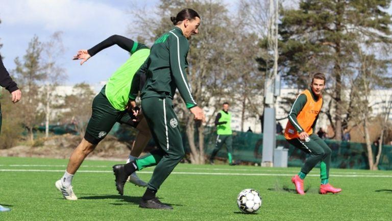 Ибрахимович не се притеснява от вируса и продължава да тренира (видео)