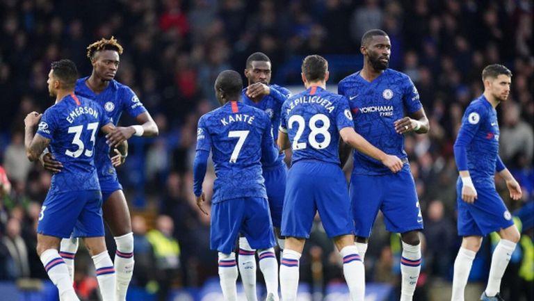 От Челси признаха: Не можем да се разберем с футболистите