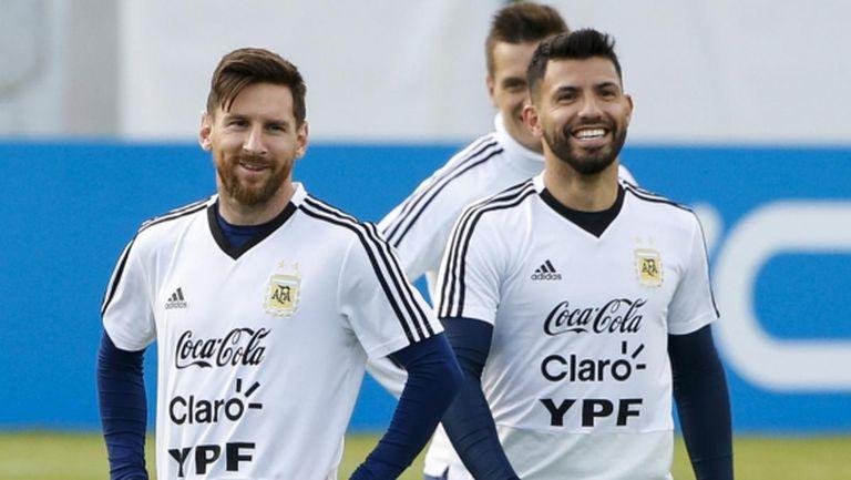 Агуеро е сигурен, че Меси няма да напусне Барселона