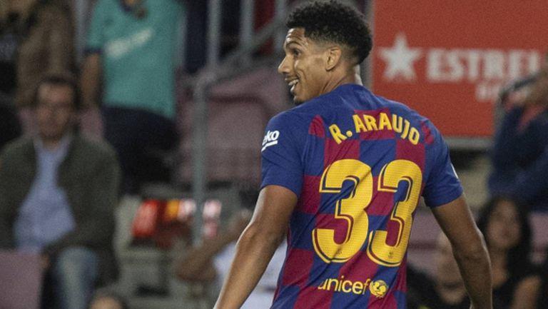 Барселона си промени плановете - няма да купува централен защитник