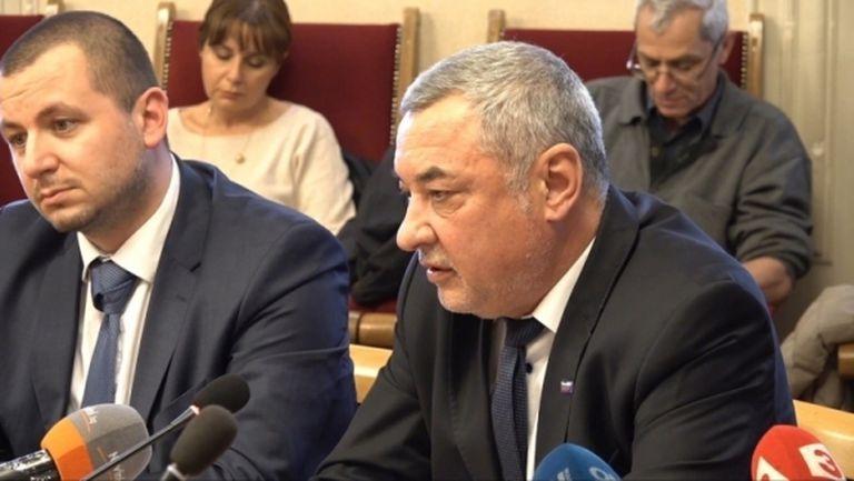 Валери Симеонов за Божков: Не трябва да му се вярва, ще бъде върнат с белезници