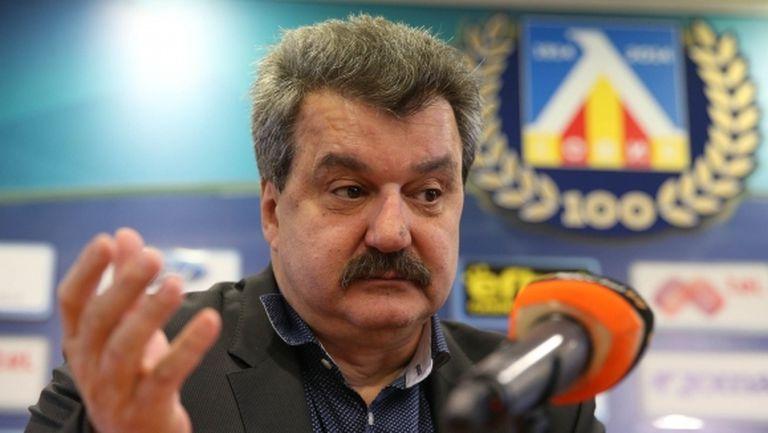 Батков: Ако джиросат акциите на Путин и Бил Гейтс и им ги пратят по DHL, това прави ли ги собственици на Левски?