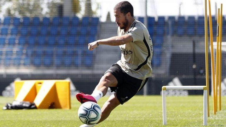 """Мартинес: Азар може да спечели """"Златната топка"""" в Мадрид"""