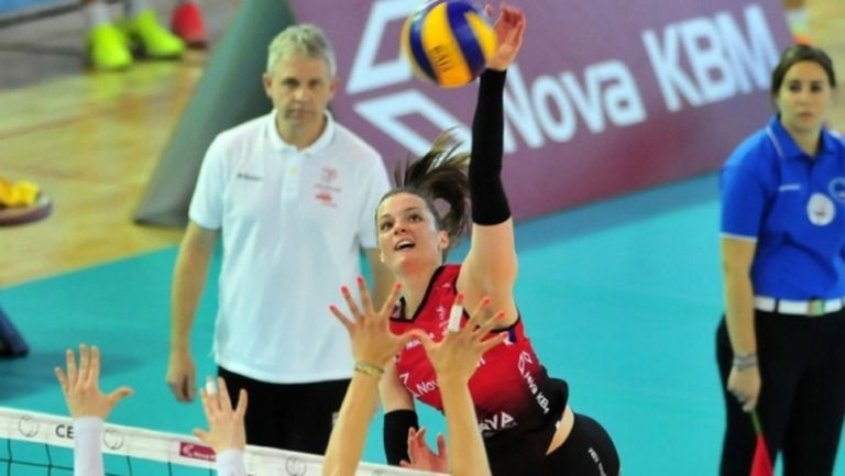Словенска националка се отказва от волейбола заради медицината