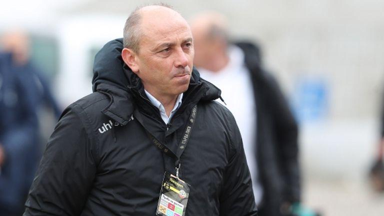 Илиан Илиев пак обяви, че Черно море няма да прави циркове с умишлено невлизане в шестицата