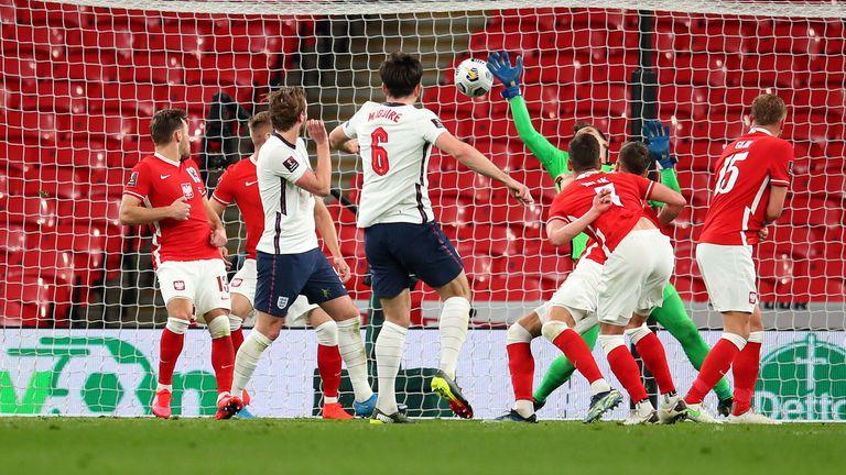 Магуайър донесе трета поредна победа на Англия (видео)