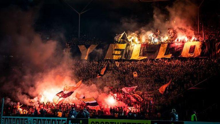 35 000 фенове на Динамо (Дрезден) превзеха стадиона в Берлин