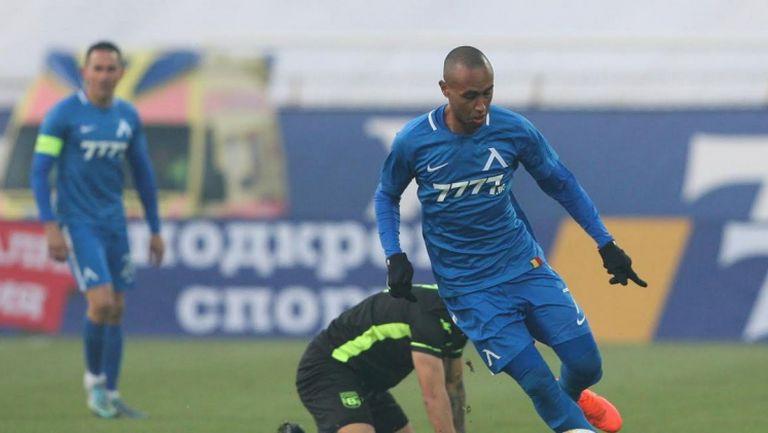 Паулиньо откри за Левски срещу Витоша