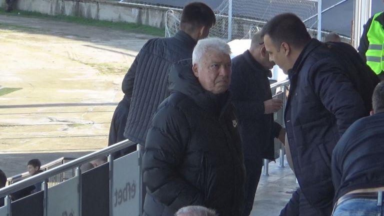 Легендата Христо Бонев също е на трибуните за дербито Локомотив (Пловдив) - Левски